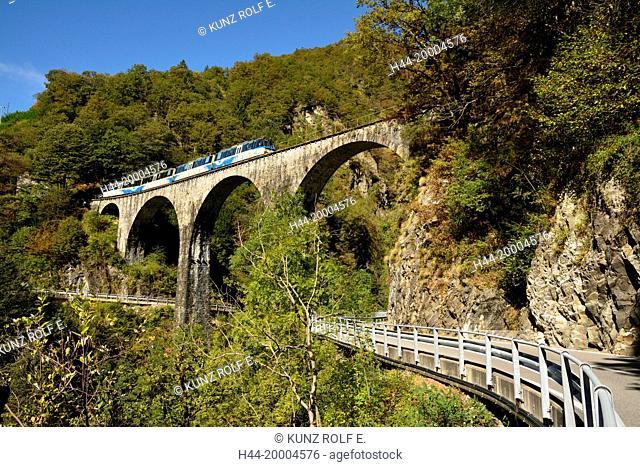 Corcapolo, Centovalli, Centovalli railway