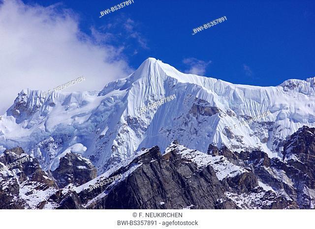 Chumbu, view from 5th lake near Gokyo, Nepal, Himalaya, Khumbu Himal