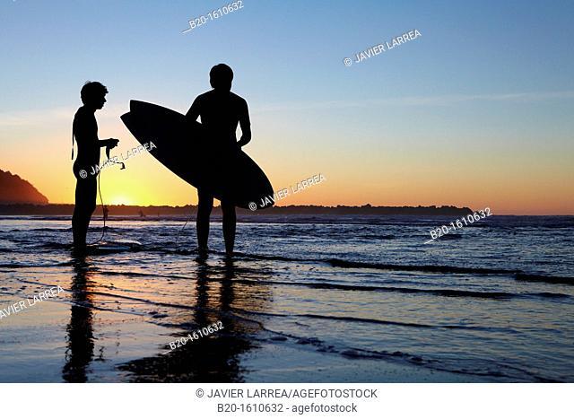 Surf, Zurriola Beach, Donostia, San Sebastian, Gipuzkoa, Basque Country, Spain