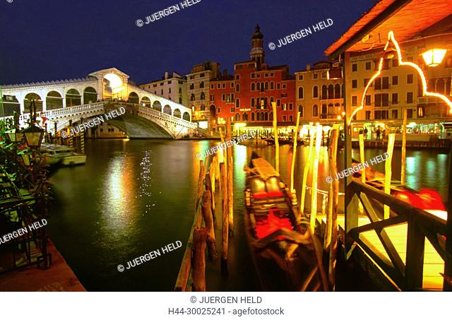 Italy, Venice, Canale Grande, Rialto bridge, gondola, twilightVenedig, Venezia, Venice, Italia, Europe