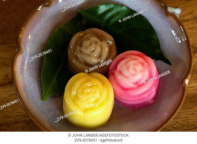 Traditional Thai Coconut jelly is prepared from coconut milk, sugar and gelatin. While gelatin is dissolved in water, coconut milk is brought to a simmer