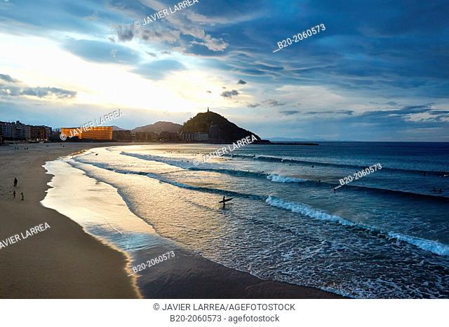 La Zurriola beach, Kursaal center, Donostia (San Sebastian), Gipuzkoa, Basque Country, Spain