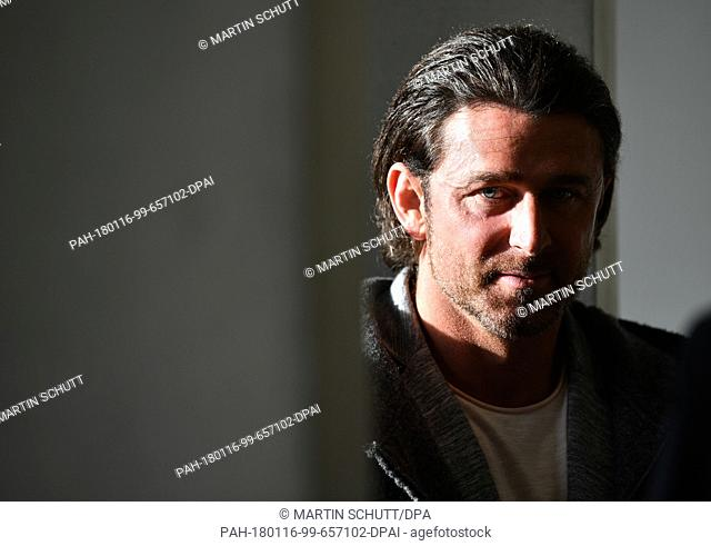 Former Bundesliga goalkeeper Heinz Mueller waits for the start of the hearing at the federal labour court in Erfurt, Germany, 16 January 2018