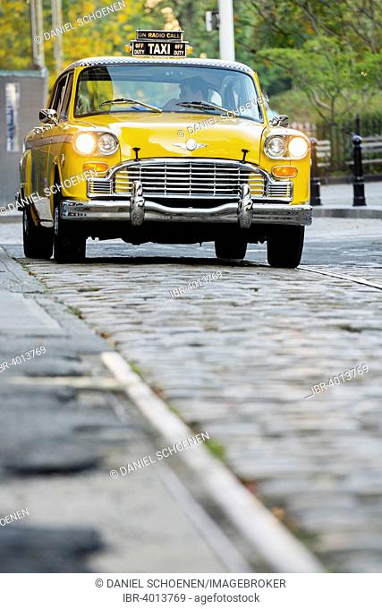 60's Checker Cab taxi, Brooklyn Heights, New York, United States