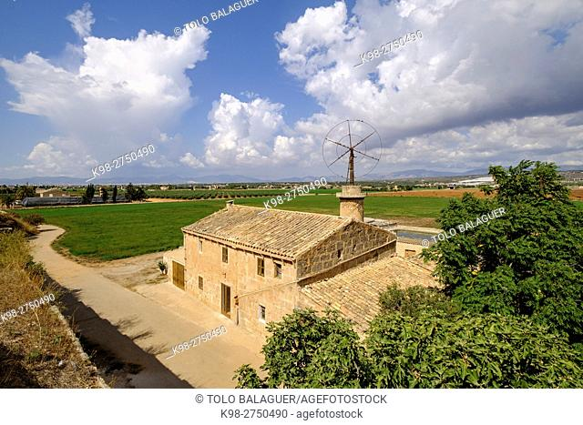 casa rural tpipica con molino, Sant Jordi,barrio del término municipal de Palma de Mallorca, ,Majorca, Balearic Islands, Spain