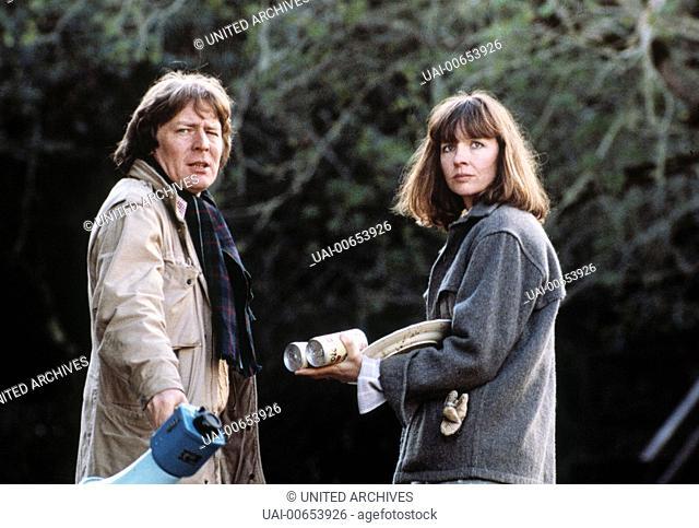 DU ODER BEIDE / Shoot the Moon USA 1982 / Alan Parker DIANE KEATON und Regisseur ALAN PARKER während der Dreharbeiten. Regie: Alan Parker aka