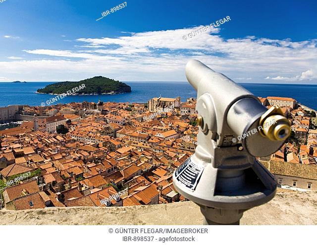 Telescope looking over the historic centre of Dubrovnik, UNESCO World Heritage Site, Ragusa, Dubrovnik-Neretva, Dalmatia, Croatia, Europe