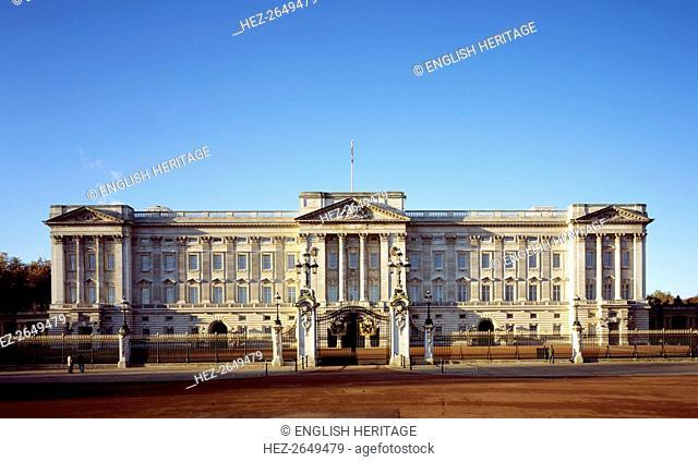 Buckingham Palace, c1990-2010. Artist: Unknown
