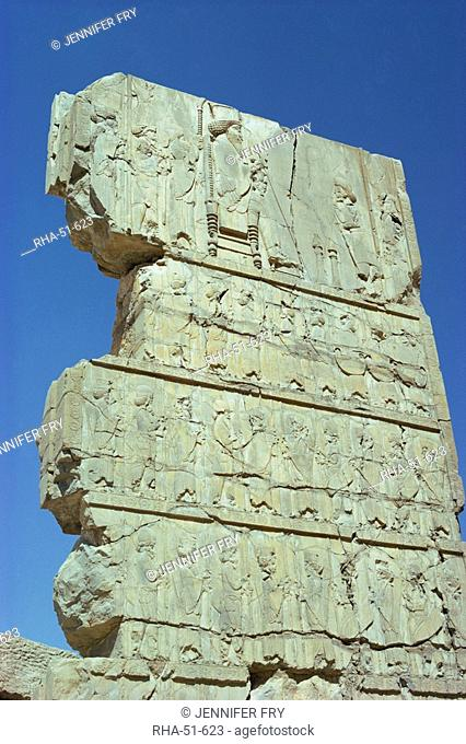 Frieze with king and tribute, Persepolis, UNESCO World Heritage Site, Iran, Middle East
