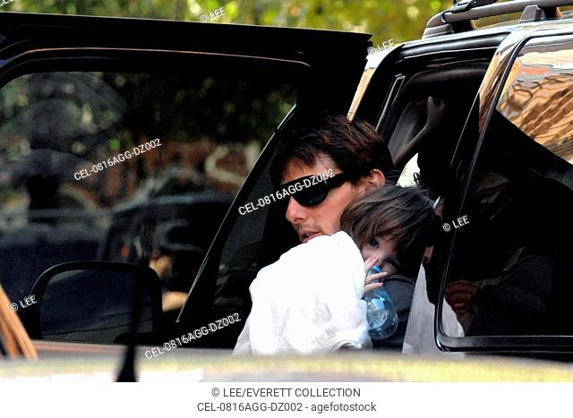 Tom Cruise, daughter Suri out and about for CANDIDS - Celebrities in New York, Manhattan, New York, NY, August 16, 2008. Photo by: Lee/Everett Collection