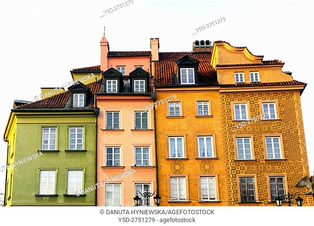 Facades of traditional townhouses in Old Town of Warsaw, here facades in Plac Zamkowy - Castle Square, UNESCO World Heritage, Warsaw, Poland, Europe