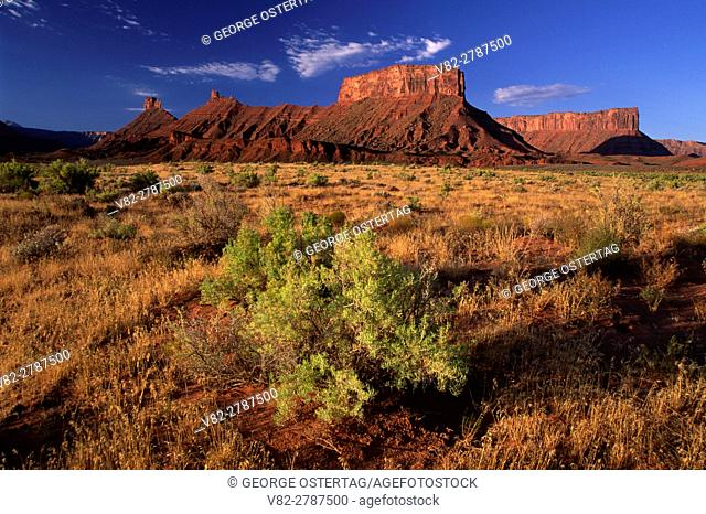 Fisher Valley cliffs, Upper Colorado River Scenic Byway, Colorado Riverways Recreation Area, Utah