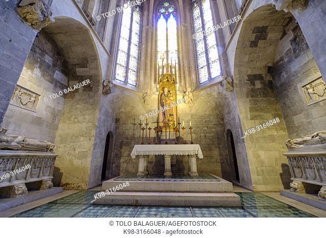Capilla de la Santísima Trinidad y sepulcros de los reyes mallorquines, Jaume II y Jaume III, Catedral de Mallorca, La Seu, siglo XIII