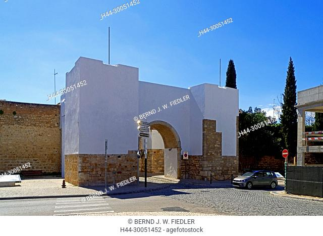 Town wall, town gate, historically, Faro Portugal