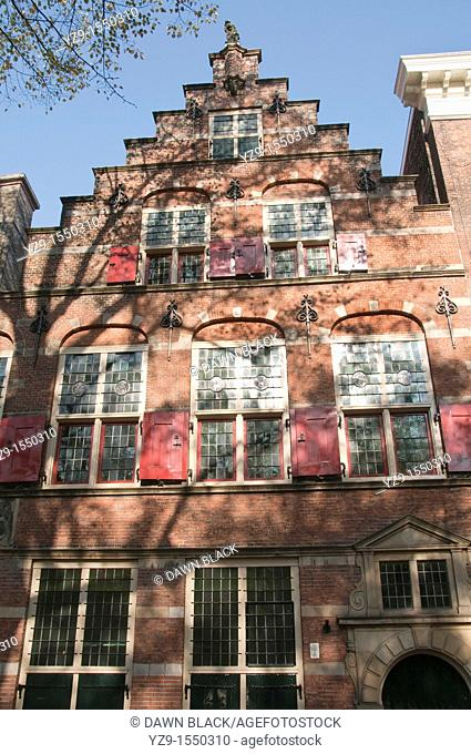 Pageshuis, 6 Lange Voorhout, Den haag  This Dutch renaissance house was built in 1625 as a home for the country's gun founder  After 1748 the building became...