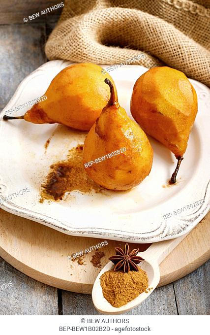 Pears with cinnamon. PArty dessert