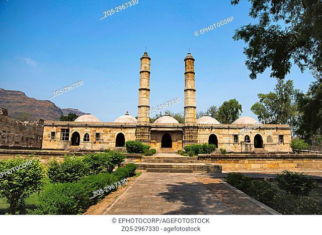Outer view of Sahar ki masjid, UNESCO protected Champaner - Pavagadh Archaeological Park, Gujarat, India