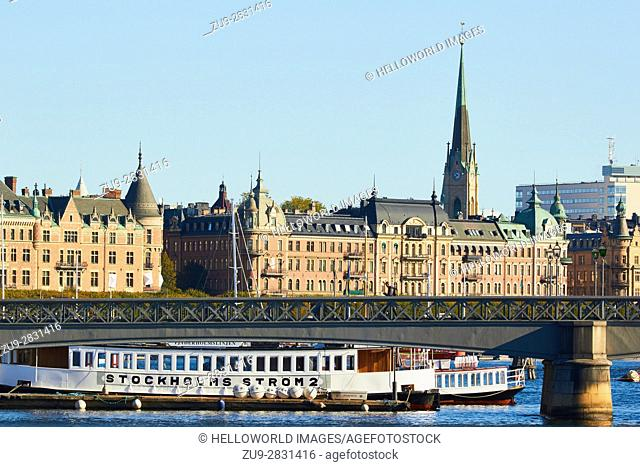 Skeppsholmsbron bridge and Ostermalm waterfront, Stockholm, Sweden, Scandinavia