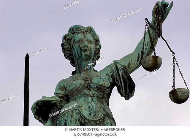 Statue of Lady Justice holding scales, Roemer Square, Frankfurt, Hesse, Germany