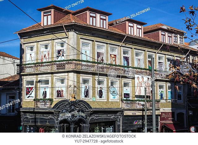 Building with old Reis & Filhos store on Rua de 31 de Janeiro (January 31 Street) in Santo Ildefonso civil parish of Porto city in Portugal
