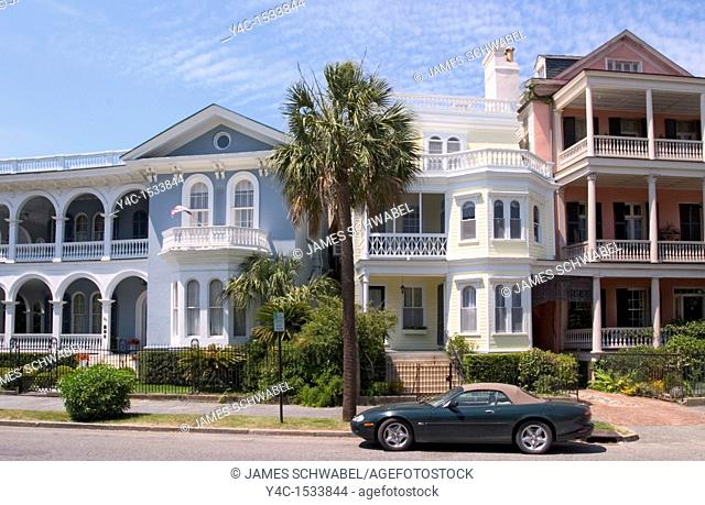 Antebellum houses on South Battery Street, Charleston, South Carolina