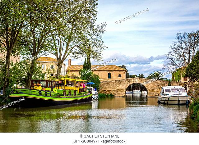 TAMATA GROCERY BARGE, HAMLET OF SOMAIL, (11) AUDE, MIDI PYRENEES LANGUEDOC-ROUSSILLON