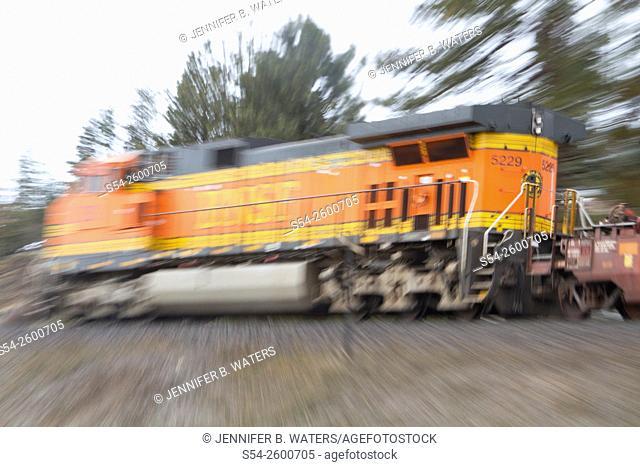A BNSF locomotive showing motion near Spokane, Washington