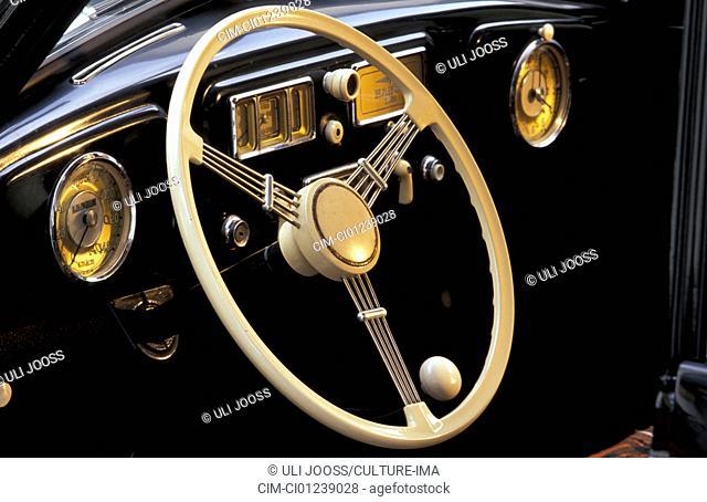 Car, Borgward Hansa 1500, vintage car, 1940s, fourties, 1950s, fifties, model year 1949-1952, sedan, ruby colored, detail, details, interior, steering-wheel