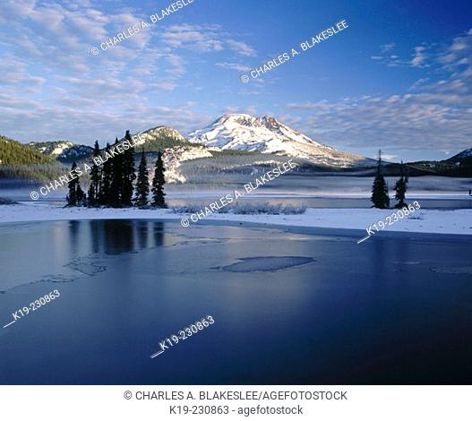 Snow covers South Sister and Sparks Lakes. Deschutes National Forest. Oregon. USA