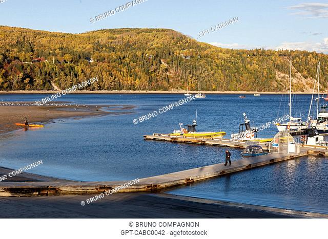 PORT OF TADOUSSAC, SAINT LAWRENCE RIVER, SAGUENAY, LAKE ST JEAN, INDIAN SUMMER, AUTUMN COLORS, QUEBEC, CANADA
