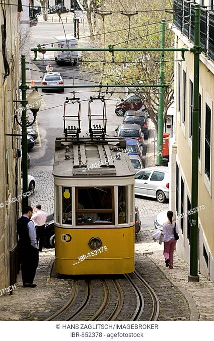 Cable car in the rua C. do Lavra, Lisbon, Portugal, Europe