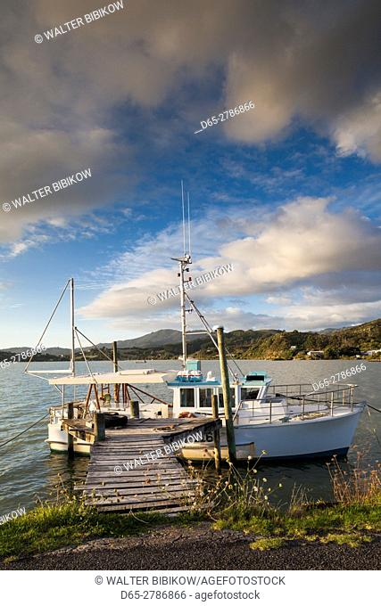 New Zealand, North Island, Coromandel Peninsula, Coromandel Town, commercial wharf, sunset