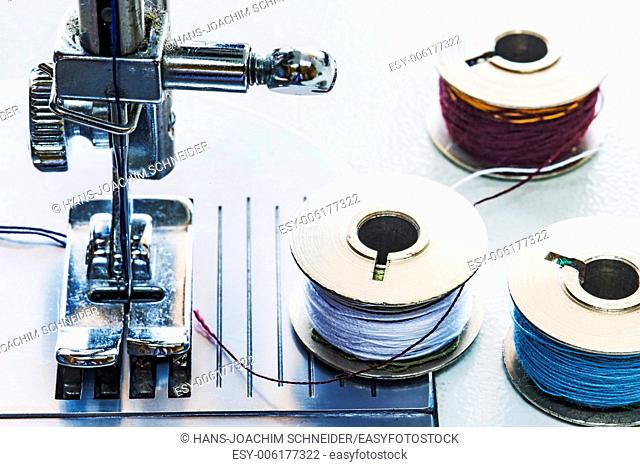 sewing machine with spools