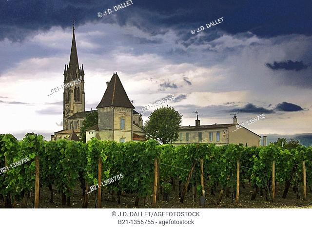 France, Aquitaine, Gironde, church and Chateau saint Pierre de Pomerol, at the Pomerol wine area, in the Bordeaux wines district