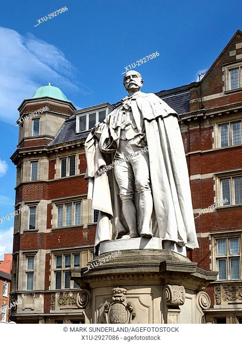 Charles Henry Wilson Lord Nunburnholme Statue on Alfred Gelder Street in Hull Yorkshire England