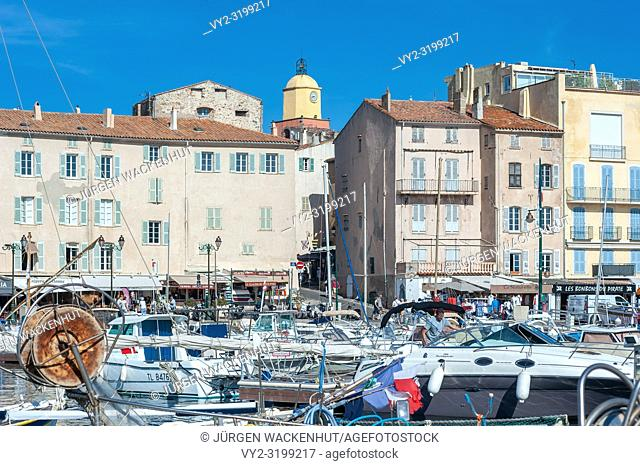 Harbor, Saint-Tropez, Var, Provence-Alpes-Cote d`Azur, France, Europe