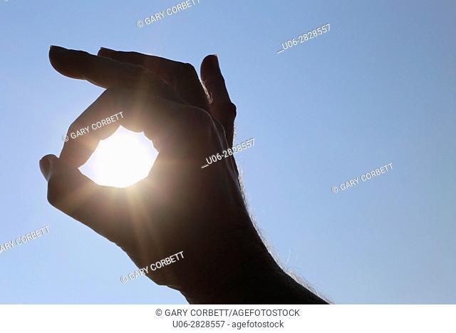 hand sun