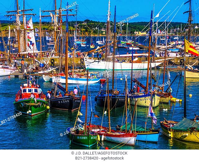 Port of Rosmeur, Douarnenez, Finistere, Brittany, France