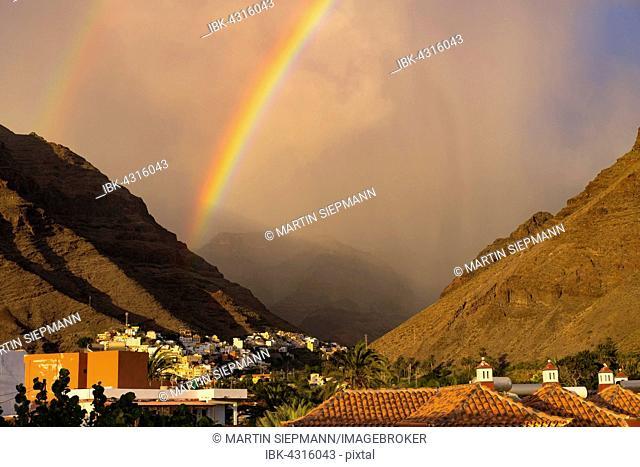 Rainbow, Puntilla and La Calera, Valle Gran Rey, La Gomera, Canary Islands, Spain