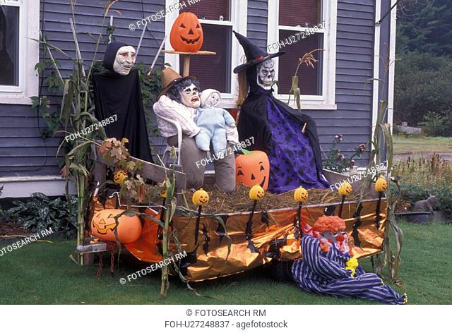Halloween, decoration, season, Vermont, A spooky Halloween decoration is displayed in front of a house in the town of Marshfield in Washington County in the...