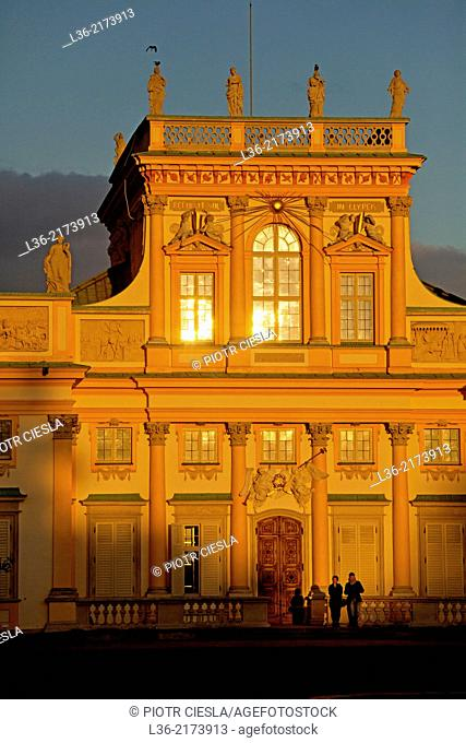 Warsaw. Wilanow palace and park