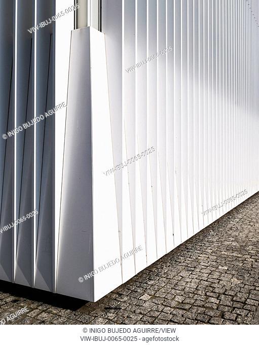 Facade detail. Szczecin Philharmonic Hall, Szczecin, Poland. Architect: Estudio Barozzi Veiga, 2014