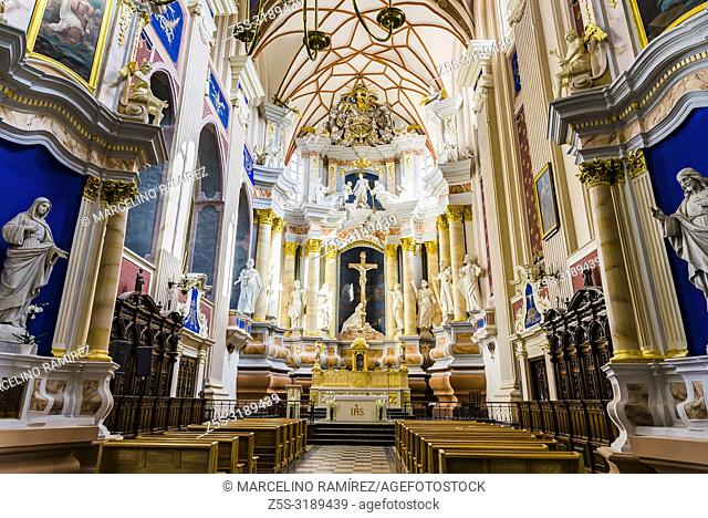 Interior Cathedral Basilica of apostles St. Peter and St. Paul. Kaunas, Kaunas County, Lithuania, Baltic states, Europe