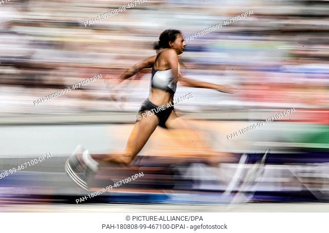 08.08.2018, Berlin: Track and Field: European Championship, triple jump; Women: Jessie Matura from Germany makes her second jump in the triple jump