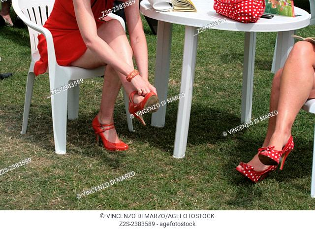Red shoes. Royal Ascot, Ascot racecourse, Berkshire, England