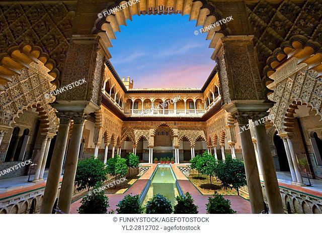 Patio de las Doncellas (Courtyard of the Maidens) an Italian Renaissance courtyard (1540-72) with Arabesque Mudéjar style plaster work, Alcazar of Seville