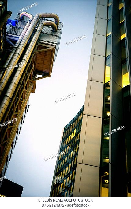 View of Lloyd's Building and Willis Building in the citty of London, England, UK