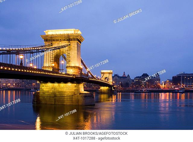 The chain bridge in Budapest, Hungary, night scene, looking towards Pest