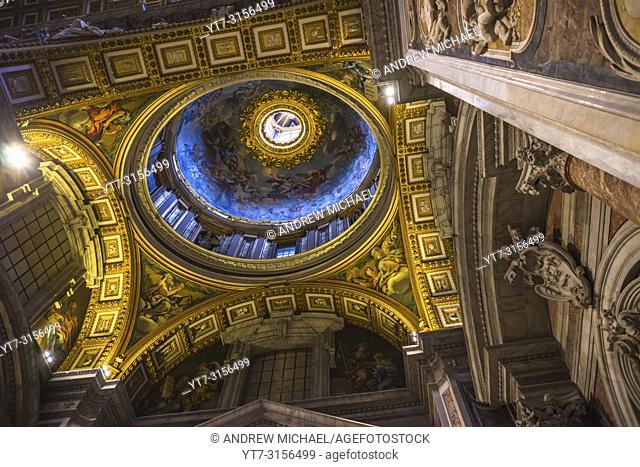 Ceiling detailing of Minor Cupola of St Peter's Cathedral, Vatican city, Rome, Lazio, Italy