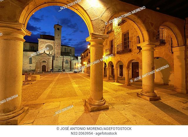 Cathedral, Main Square at Dusk, Sigüenza, Guadalajara province, Castilla-La Mancha, Spain